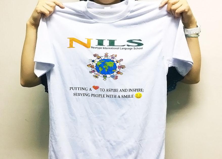 NILSのオリジナルTシャツ