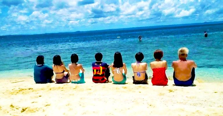 仲間と訪れた思い出のビーチ