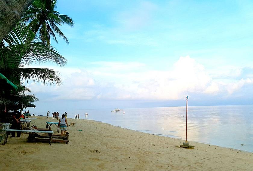 休日はビーチでリフレッシュ