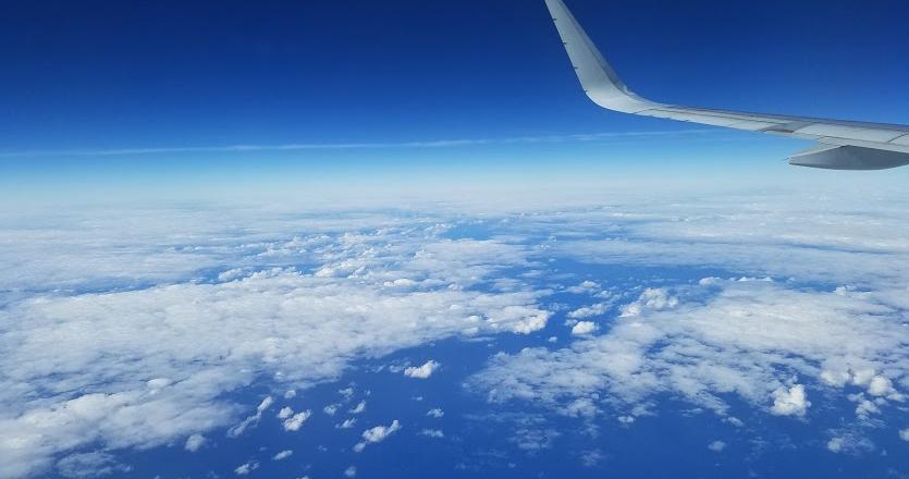 飛行機内から見える景色