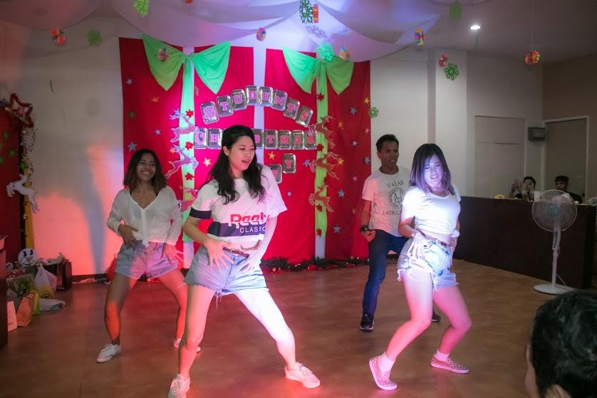 先生と生徒のコラボダンス