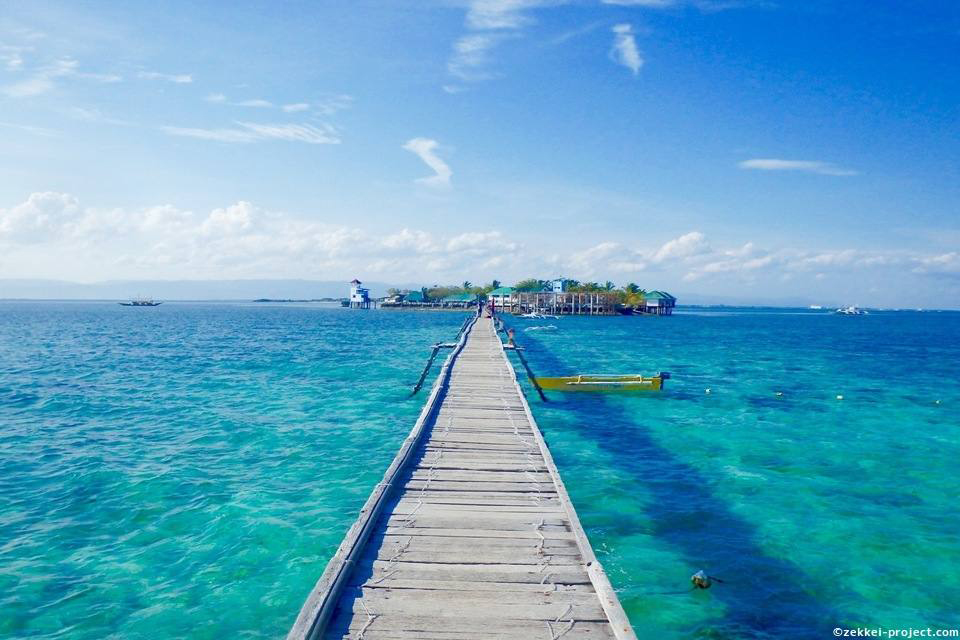 ナルスアン島の桟橋