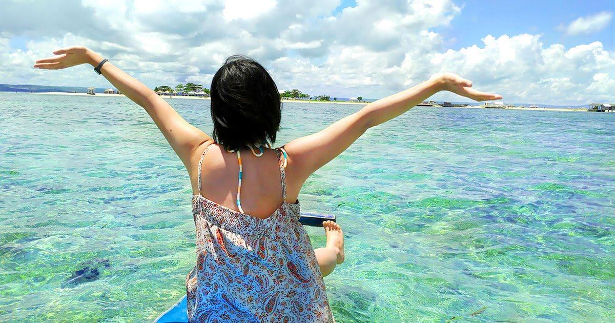 セブ島の周りには、綺麗な海が広がっています