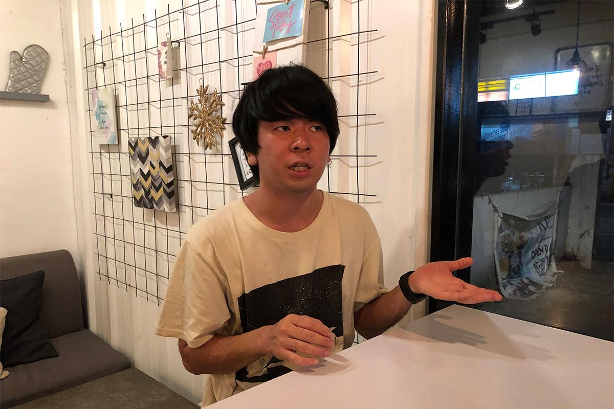 海外と英語への思いを語る有村さん