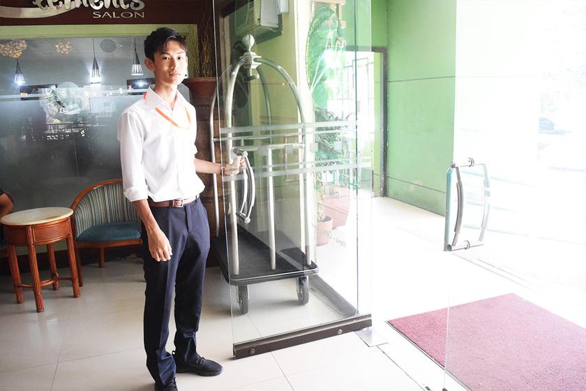 【職業体験】OJT留学で英語がペラペラのカッコいいホテルマンになれる!